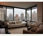 SUNNY E 80'S 3 BED, 3 BTH WITH W/D AND AMAZING RIVER VIEWS!